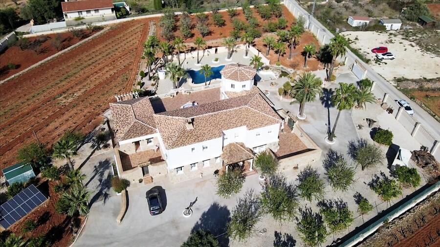 Finca Sonrisa, country estate and vineyard.Property News | Finca Sonrisa, country estate and vineyard.