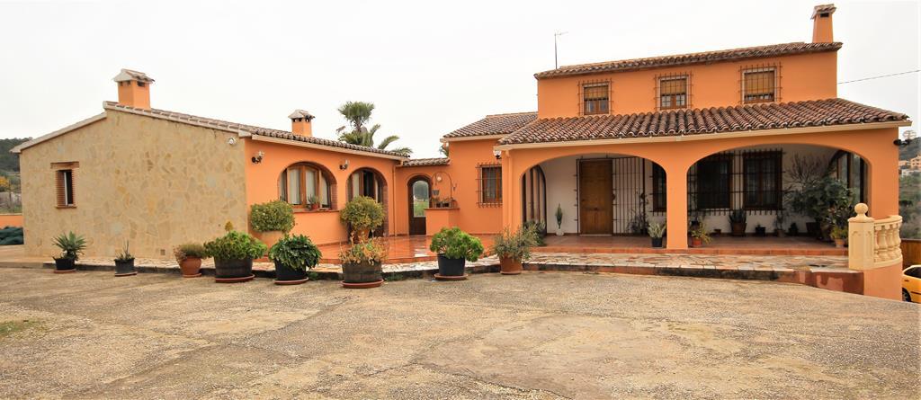 For sale: 4 bedroom finca in Benissa, Costa Blanca