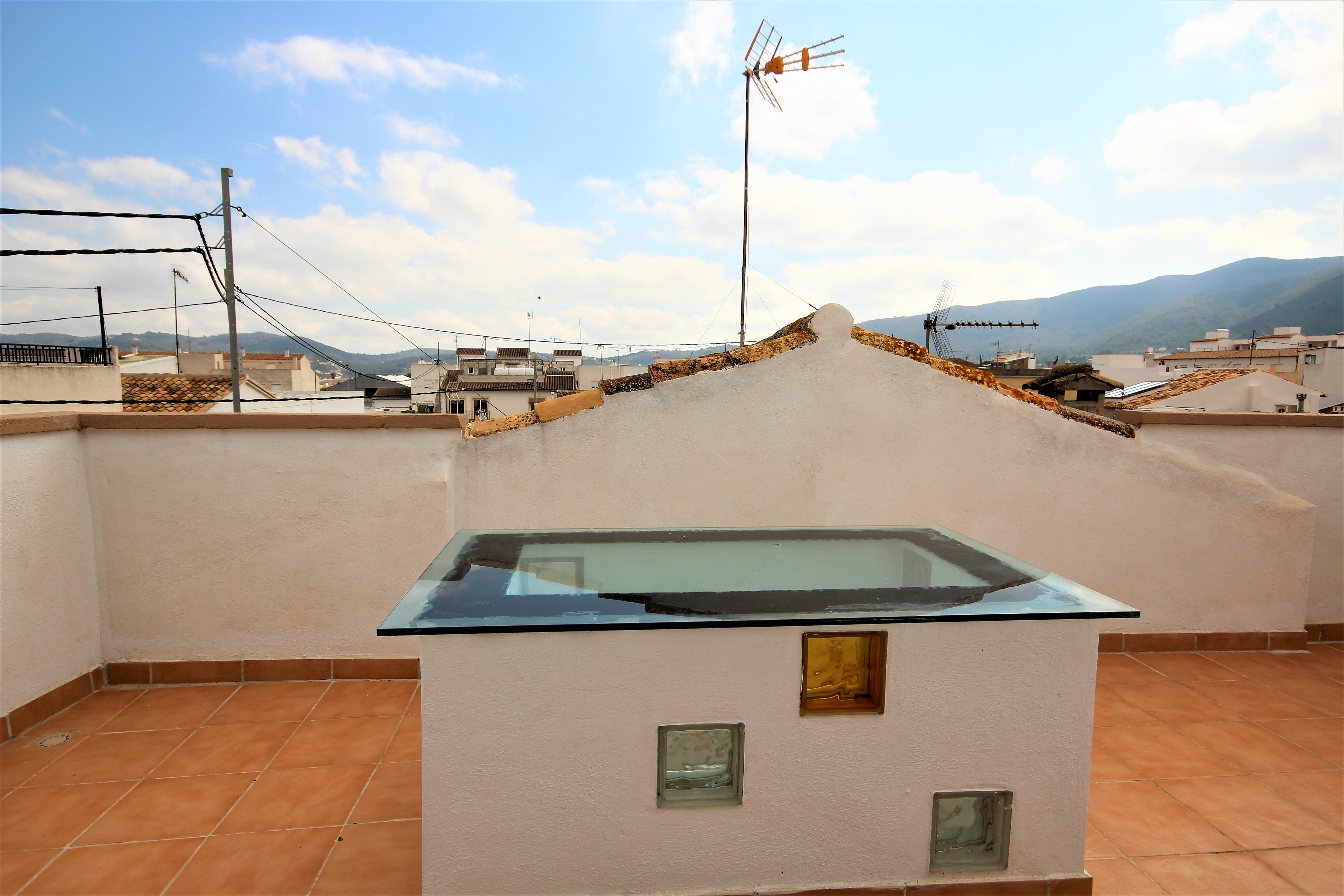 4 bedroom house / villa for sale in Jalon / Xaló, Costa Blanca