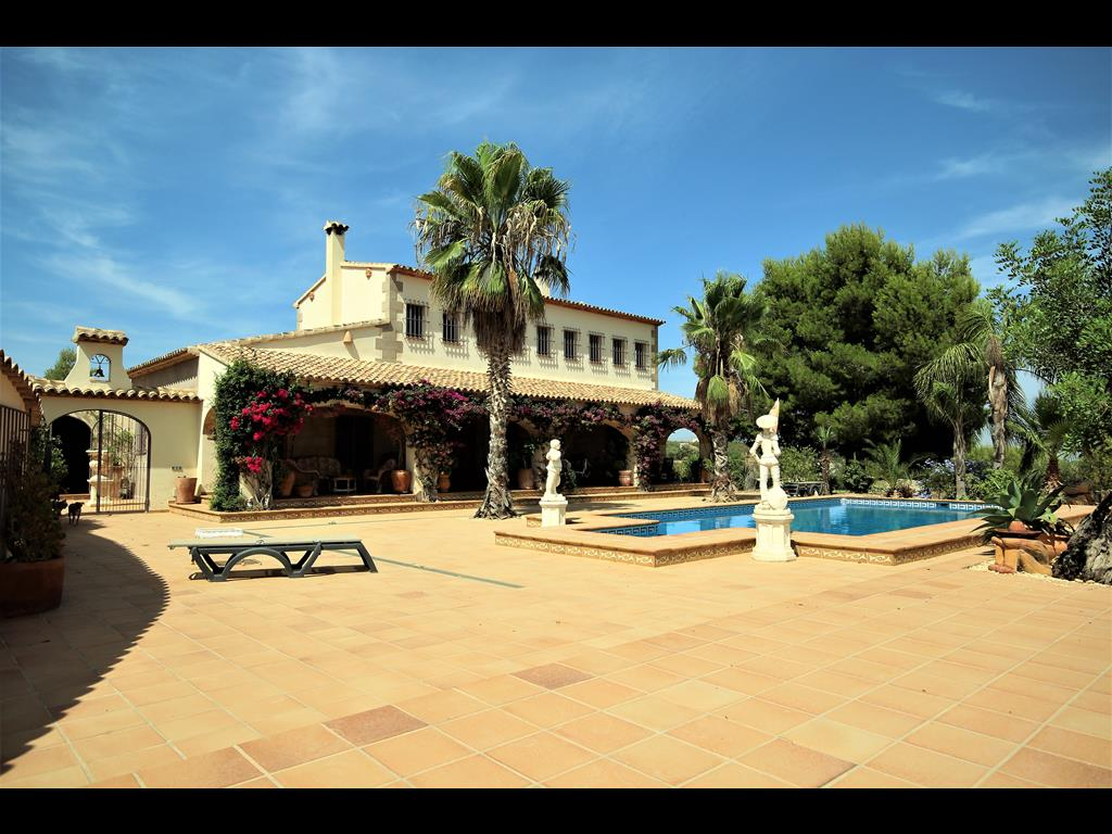 For sale: 4 bedroom finca in Benissa, Costa Blanca