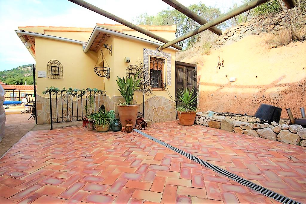 3 bedroom finca for sale in Castell de Castells, Costa Blanca