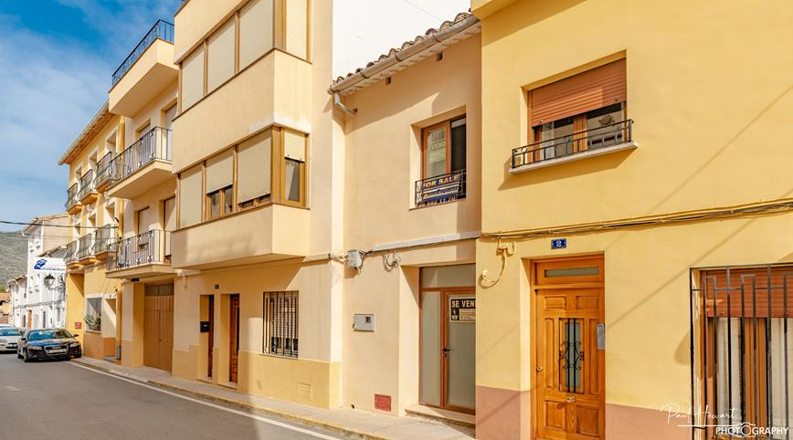 For sale: 3 bedroom house / villa in Jalon / Xaló, Costa Blanca