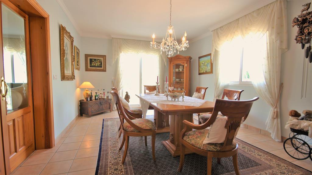 8 bedroom house / villa for sale in Lliber, Costa Blanca