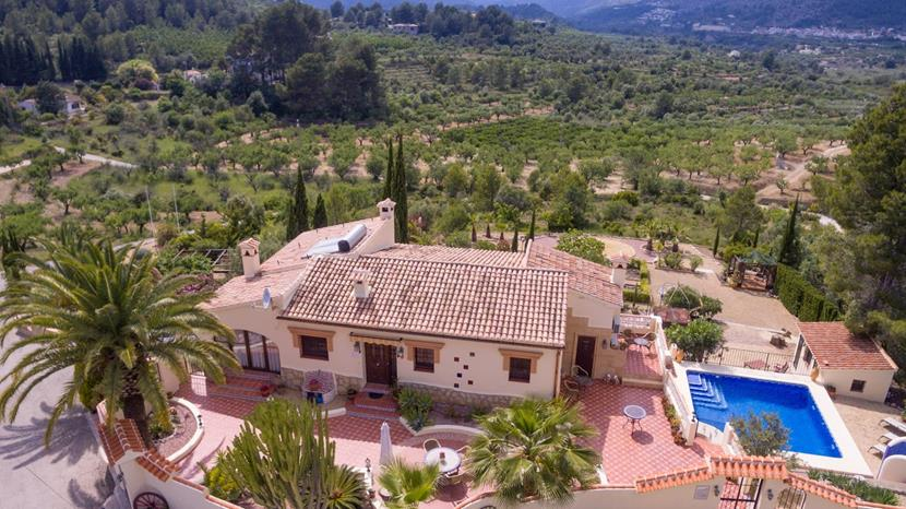 4 bedroom house / villa for sale in Parcent, Costa Blanca