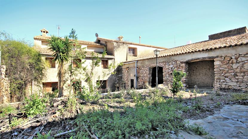 For sale: 5 bedroom house / villa in Alcalali