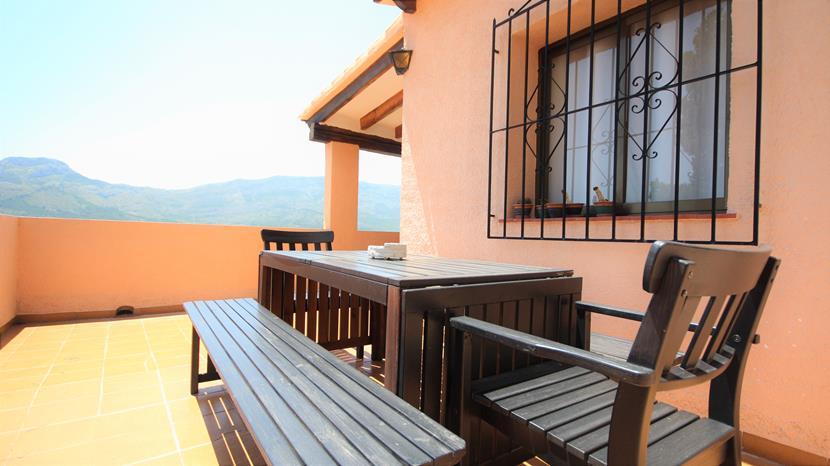 4 bedroom house / villa for sale in Alcalali, Costa Blanca