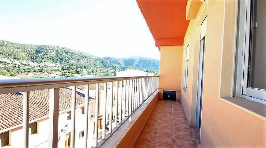 For sale: 3 bedroom apartment / flat in Orba, Costa Blanca