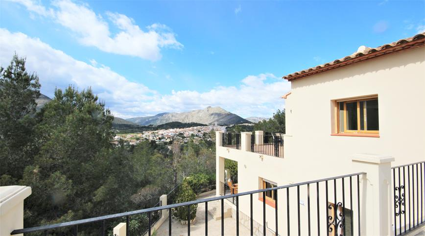 6 bedroom house / villa for sale in Parcent, Costa Blanca