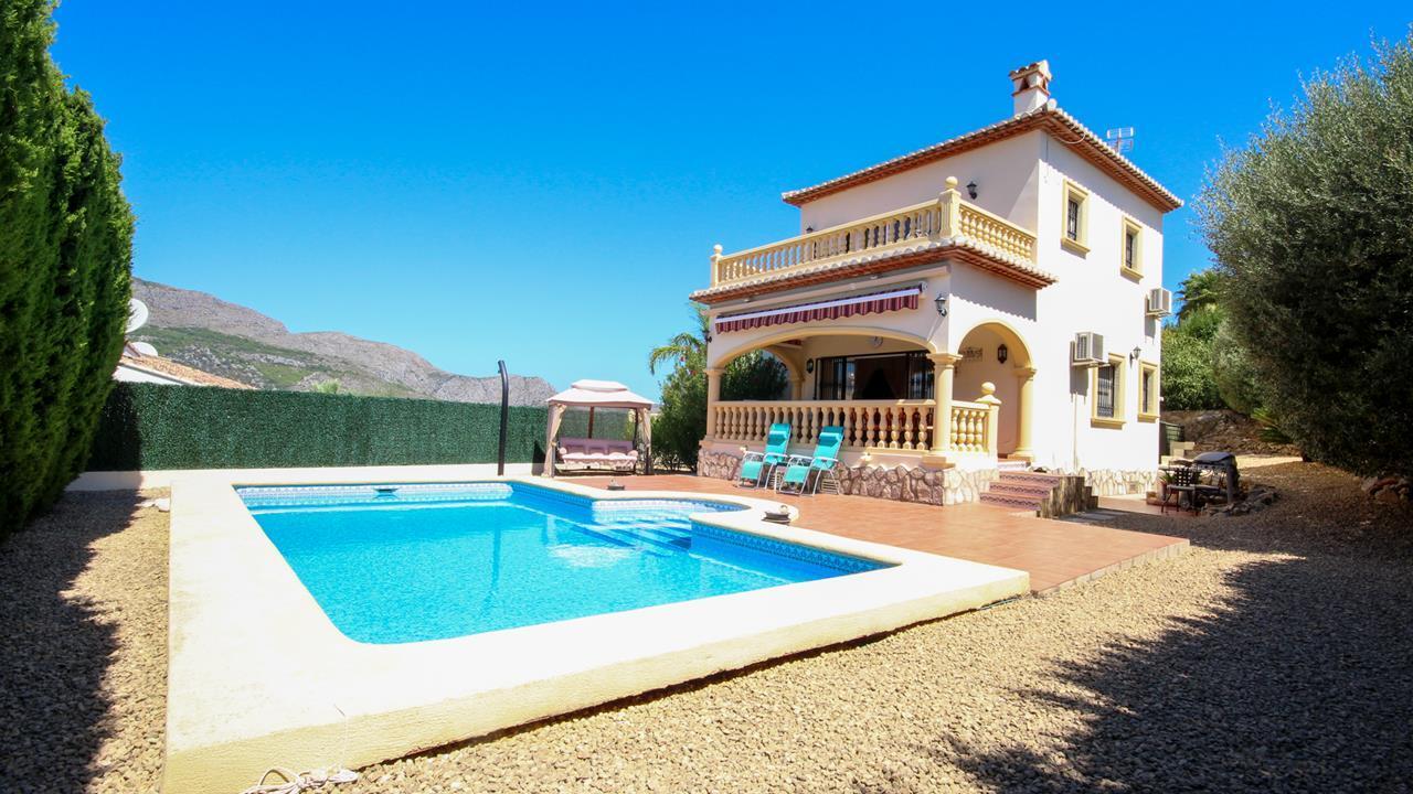 For sale: 3 bedroom house / villa in Orba, Costa Blanca