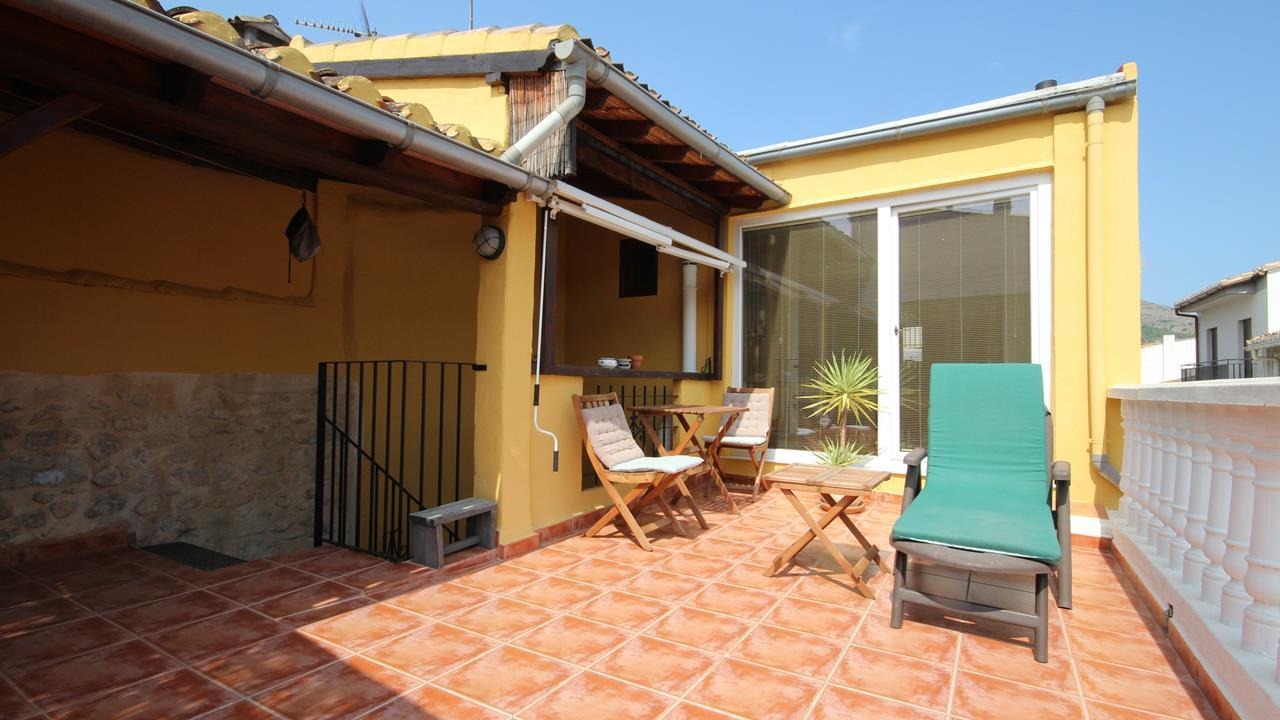 3 bedroom house / villa for sale in Jalon / Xaló, Costa Blanca
