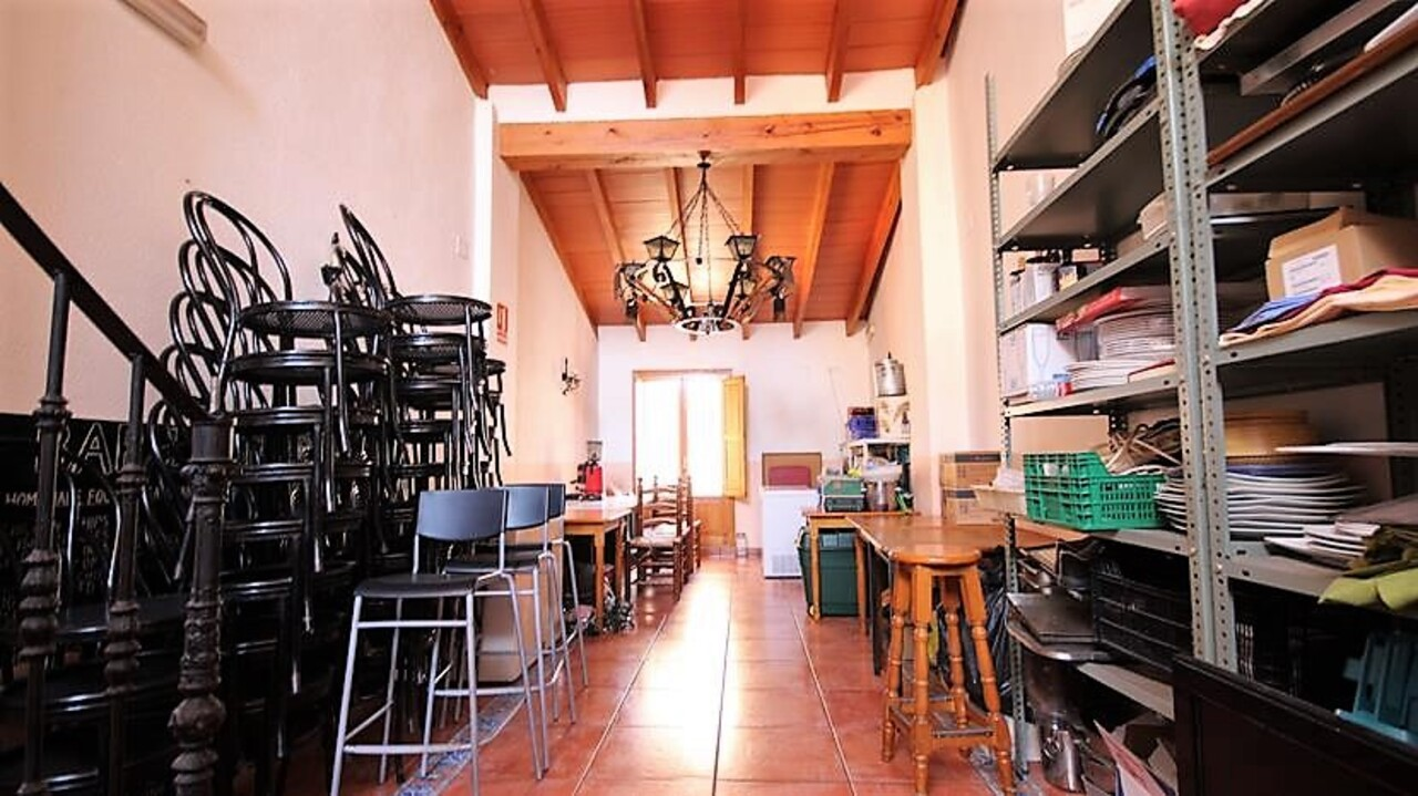 Commercial property for sale in Alcalali, Costa Blanca