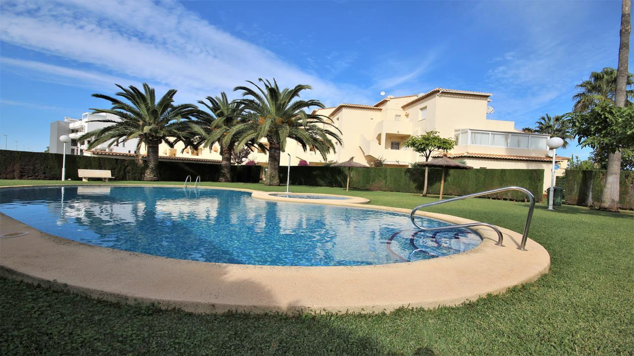 For sale: 2 bedroom apartment / flat in Denia