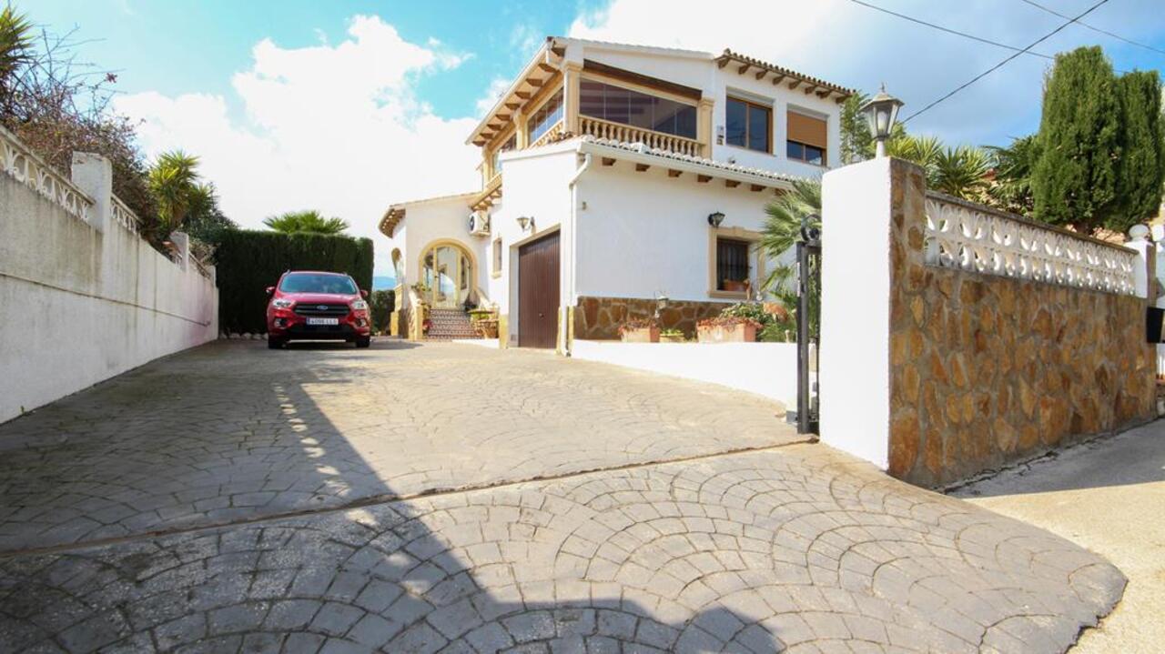 3 bedroom house / villa for sale in Tormos, Costa Blanca