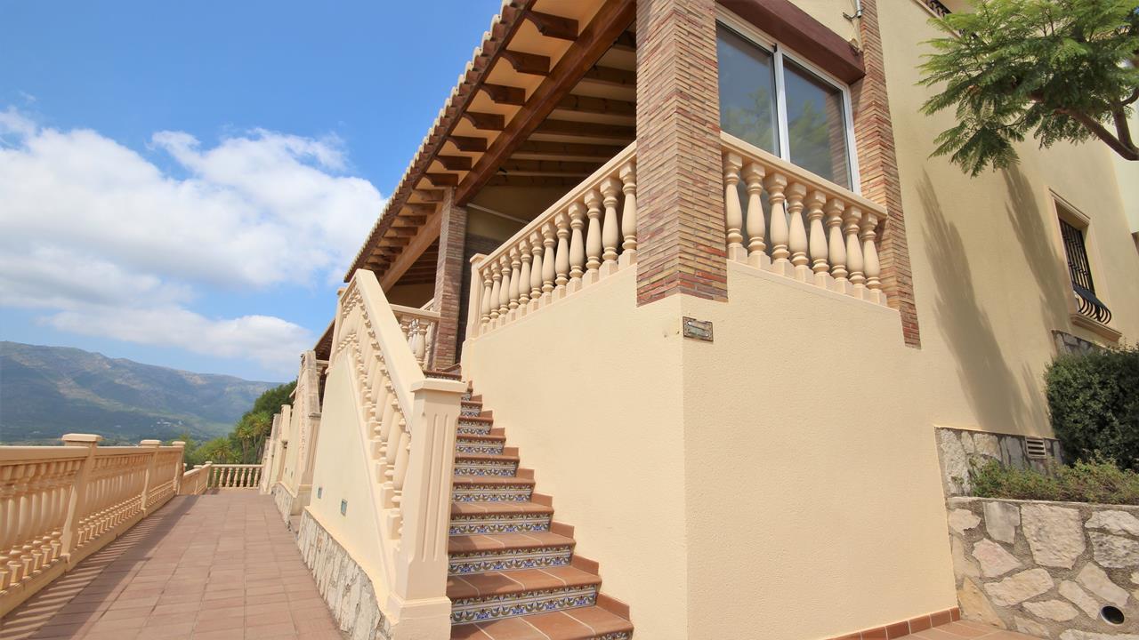 For sale: 3 bedroom house / villa in Jalon / Xaló, Costa Blanca