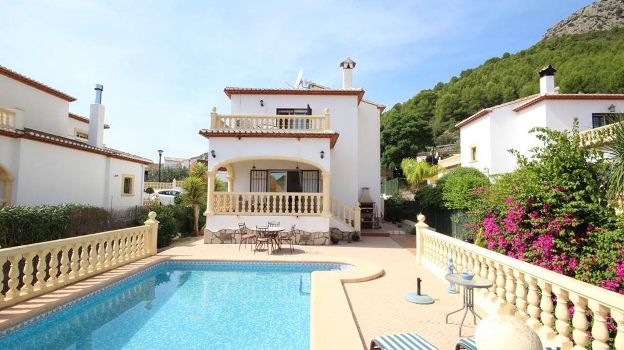 3 bedroom house / villa for sale in Sagra, Costa Blanca