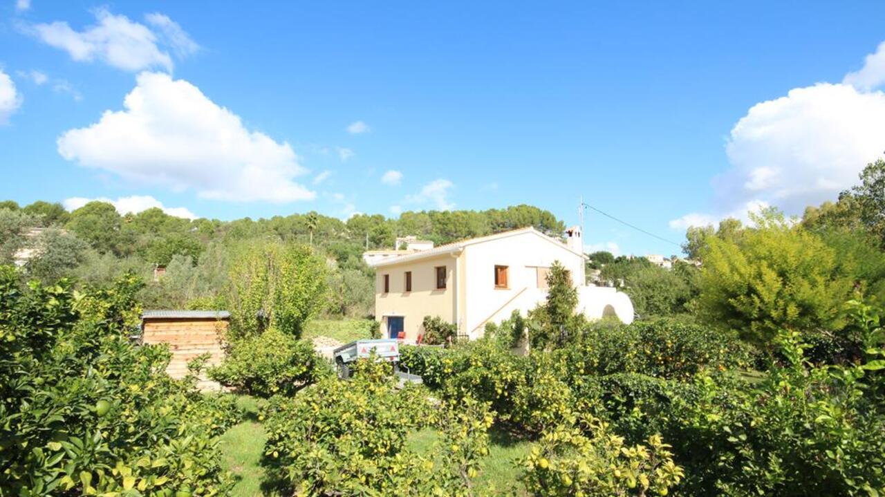 For sale: 3 bedroom finca in Parcent, Costa Blanca